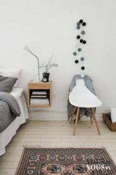 Szaro biało brązowe wnętrze. Idealne połączenie kolorystyczne do minimalistycznej małej przestrz ...