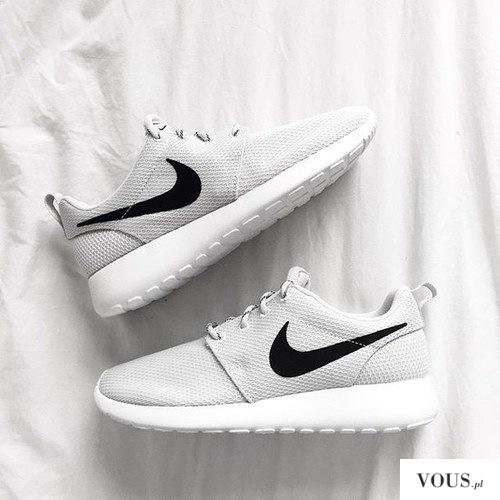 50% zniżki nowy haj zasznurować Nike Men's Running Shoes buty - Nike Roshe Run - grey/black ...