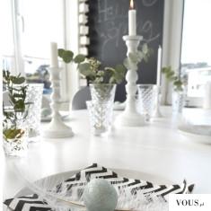 Wielkanocny jasny stół