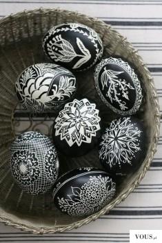 biało czarne jajka