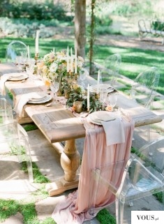 Lucite Wedding Ideas for Your Big Day
