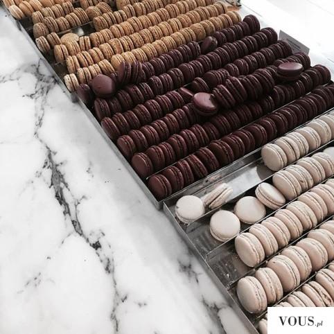 Kakaowe i karmelowe makaroniki francuskie – jaki jest Przepis na ciasteczka?