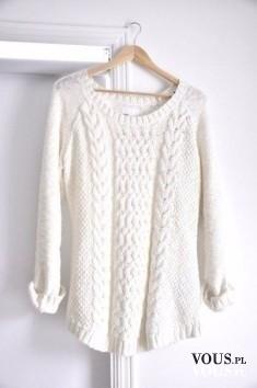 Śliczny sweter ecru. Gdzie kupić sweter z grubym splotem?
