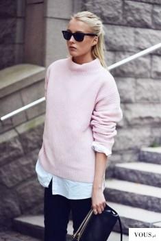 Luźna pastelowa różowa bluza damska