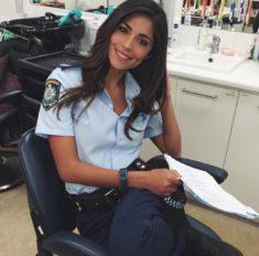 Piękna policjantka