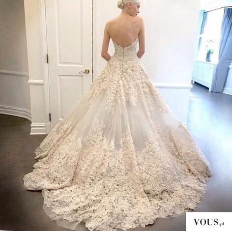 Przepiękna kornkowa ecri suknia ślubna