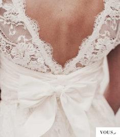 Piękna kokarda ślubna
