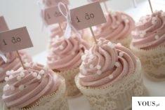 I do – różowe babeczki ślubne