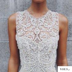 Przepiękna koronka w ślubnej sukience