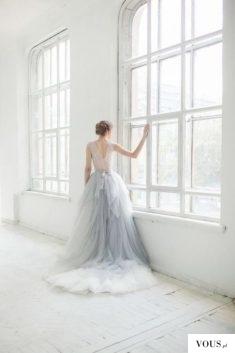 Szara suknia na wesele