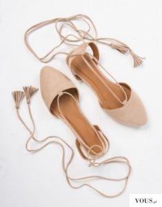 Beżowe wiązane baleriny, Gdzie kupić baletki z paskami?