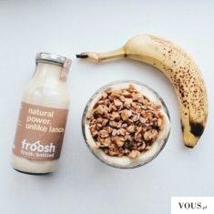 idealne śniadanie – banan, owsianka i koktal