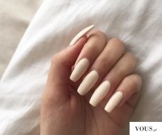 piękne paznokcie kremowe, Natalia Siwiec marka Indigo Nails