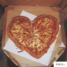 pizza w kształcie serca