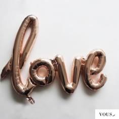 napis z balonów love