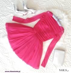 Tiulowa malinowa sukienka z koronka na plecach