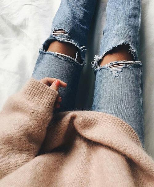 Spodnie z dziurami na kolanach na zime?! damskie