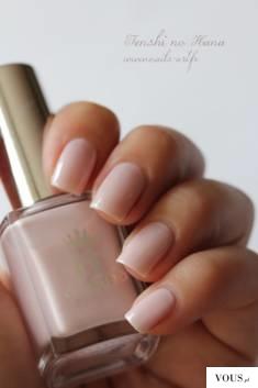 Mleczne paznokcie