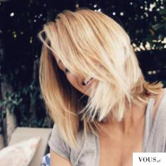 blond włosy bob