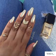 złote paznokie