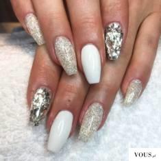 manicure new year 2017 – białe paznokcie na sylwestra srebrne