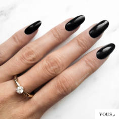 black nails otianna