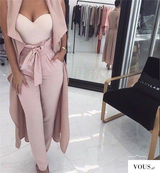 Elegancki różowy zestaw