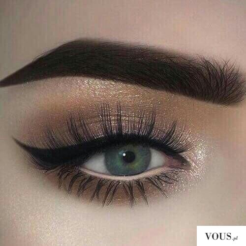 make up, idealna kreska, złoty cień do powiek