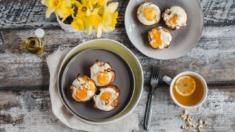 Przepis – Jajeczne muffinki z szynką i pomidorami – Biuro Napoleona