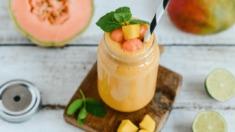 Przepis – Koktajl z mleka roślinnego i mango – Biuro Napoleona