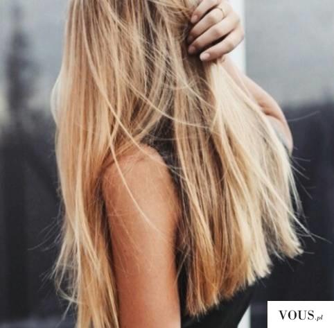piękne zadbane blond włosy