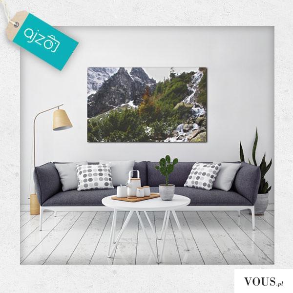 Krajobraz górski na ścianę. Dekoracja o bardzo relaksującym charakterze sprawdzi się w salonie o ...