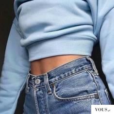 obcisła niebieska bluza