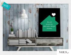 Plakat o modnej kolorystyce z sentencją o domu.