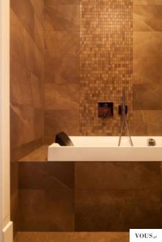 http://www.domzpomyslem.pl/wnetrza/galeria-wnetrz/lazienka/styl-nowoczesny/mozaika-przy-wannie,t ...