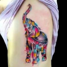 35 Stunning Side Tattoos For Girls | Side Tattoo Designs – Part 6 – Babstyl | Babstyl