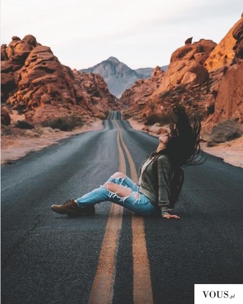 laska na drodze