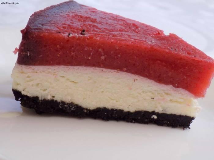Torcik truskawkowy z ciasteczkami Oreo | AleTorcik!