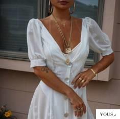 Biała sukienka z dekoltem