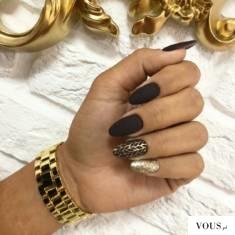 paznokcie złote z czarnym