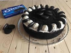 Tort Oreo | AleTorcik! – przepisy na pyszne, domowe ciasta, ciasteczka i torty.