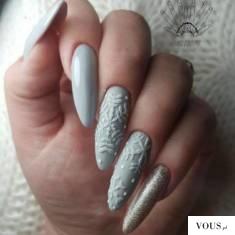 paznokcie świąteczne białe – śnieżynki