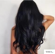 czarne zadbane włosy