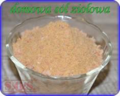 Sól ziołowa to wspaniały aromatyczny dodatek do potraw😊 Przygotuj ją samodzielnie dodając swoje  ...