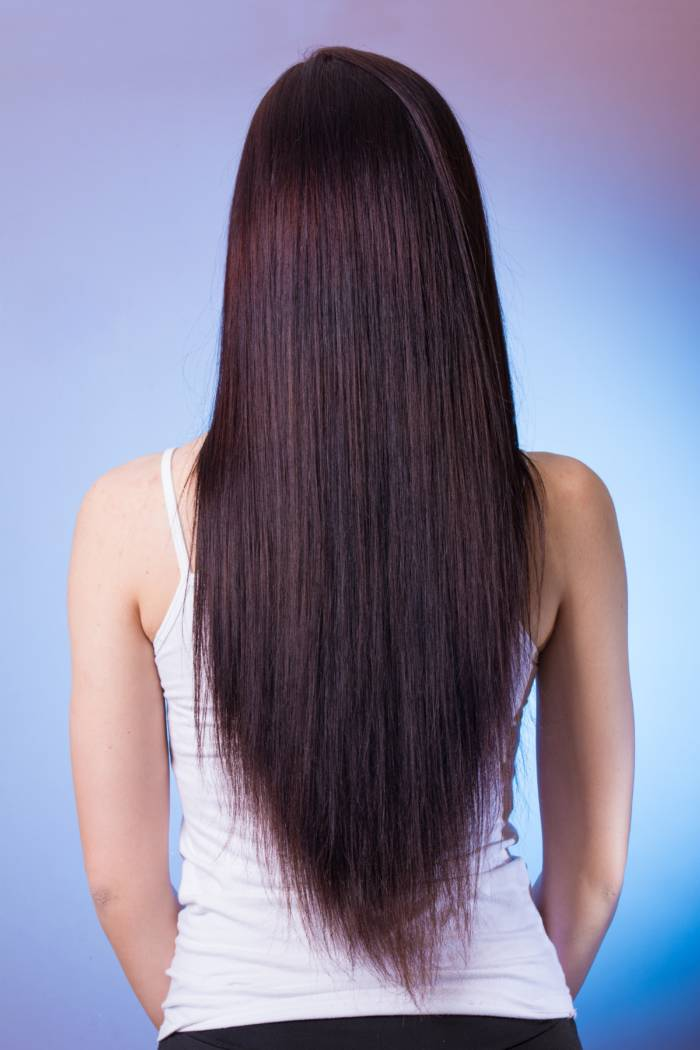 Keratynowe prostowanie włosów – jak działa keratyna do włosów? | zadbanewlosy.pl