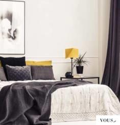 Lampka nocna WUHU wyróżnia się swoją prostą i elegancką formą. Kształt abażuru inspirowany był s ...