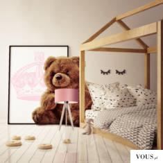 Drewniana lampka stołowa Saba to nowoczesna lampka, która ozdobi i rozpromieni Twoją sypialnię.  ...
