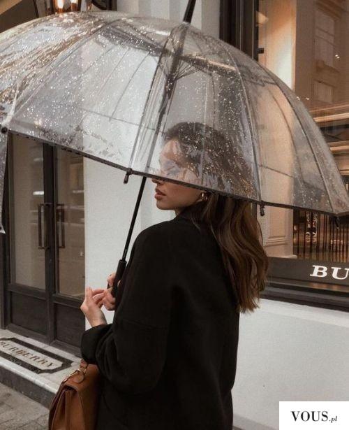 przeźroczysta parasolka