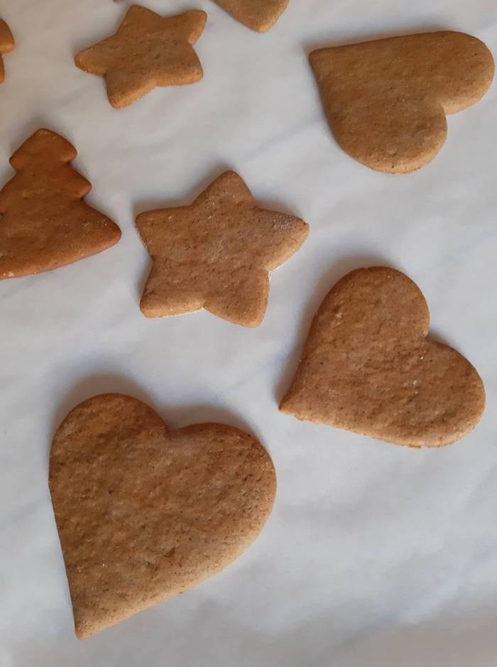 Świąteczne pierniczki | AleTorcik! – przepisy na pyszne, domowe ciasta, ciasteczka i torty.