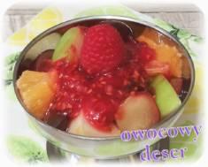 Sałatka owocowa z malinowym sosem – Kulinarne S.O.S.